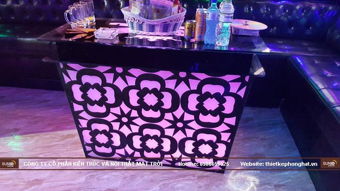 mẫu bàn kính phòng hát karaoke đẹp12