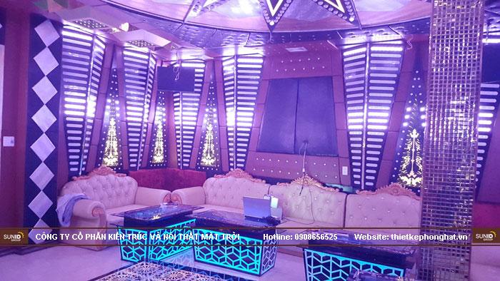 mẫu bàn kính phòng hát karaoke đẹp13