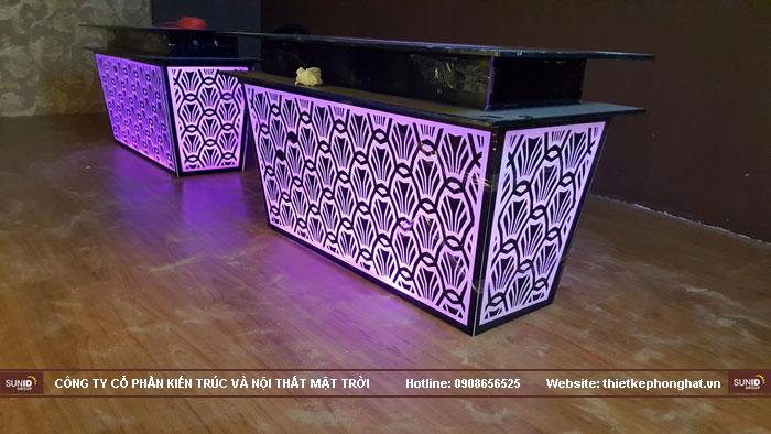 mẫu bàn kính phòng hát karaoke đẹp14