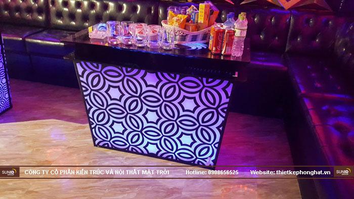 mẫu bàn kính phòng hát karaoke đẹp15
