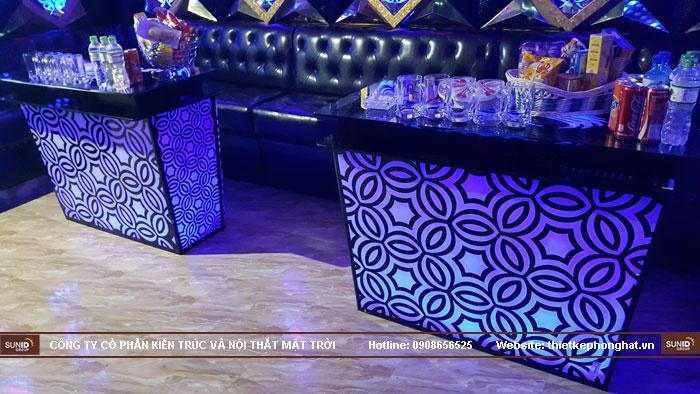 mẫu bàn kính phòng hát karaoke đẹp9