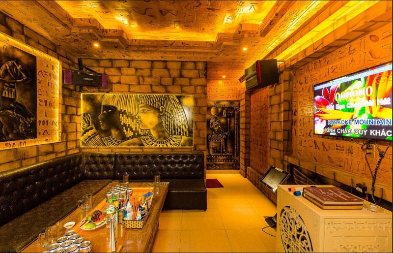 thiết kế phòng karaoke chủ đề ai cập4