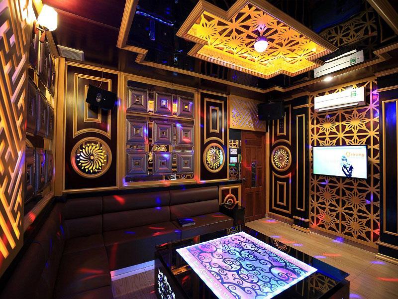 thiết kế phòng karaoke đơn giản sang trọng 11