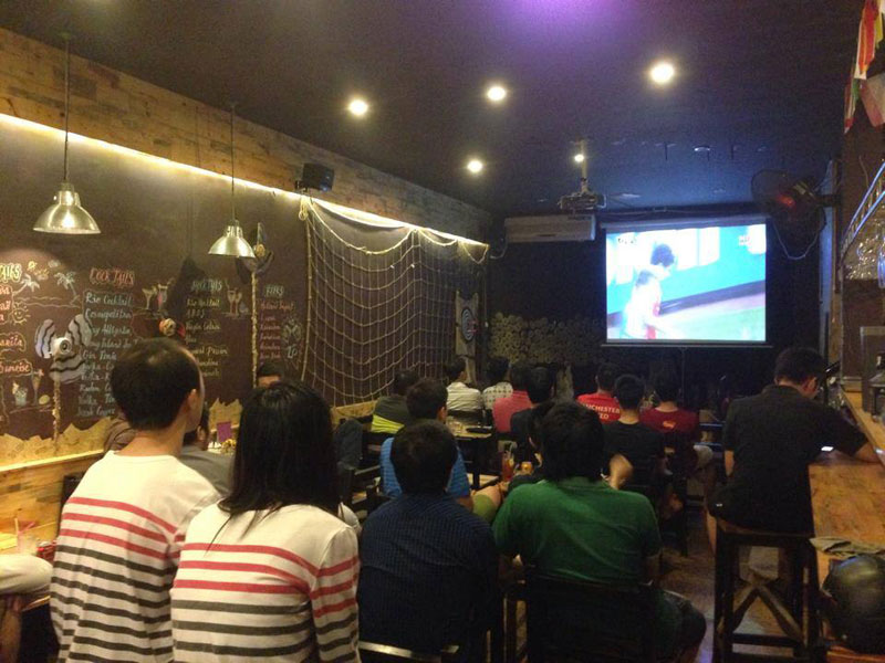 thiết kế quán cafe bóng đá9