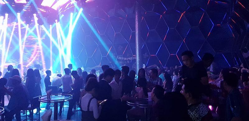 thiết kế thi công bar vũ trường tại hà nội7