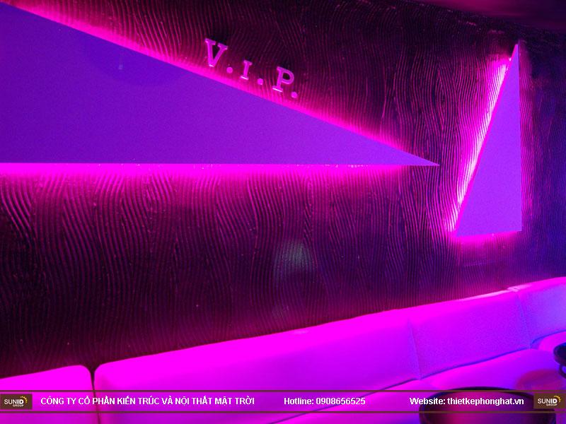 thiết kế thi công quán bar qzona vip17