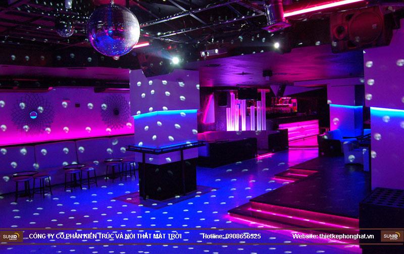 thiết kế thi công quán bar qzona vip9