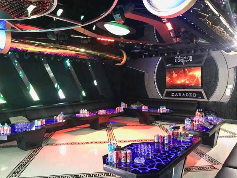 Làm quán bar kết hợp karaoke ảnh 13