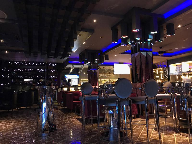 Làm quán bar kết hợp karaoke ảnh 18