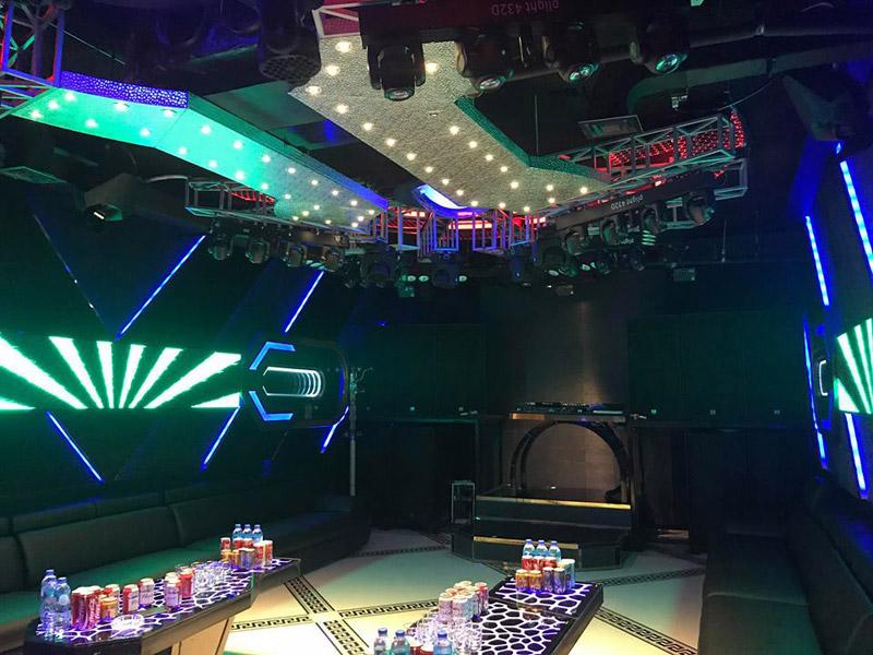 Làm quán bar kết hợp karaoke ảnh 4