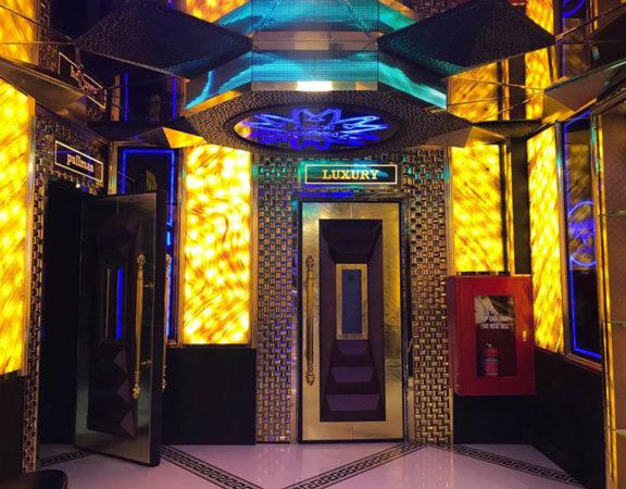 Làm quán bar kết hợp karaoke ảnh 6
