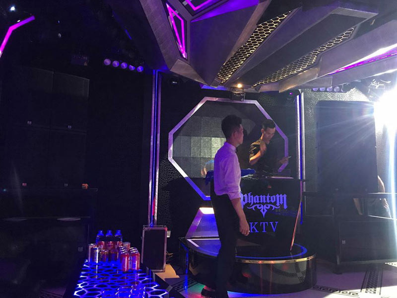 Làm quán bar kết hợp karaoke ảnh 7