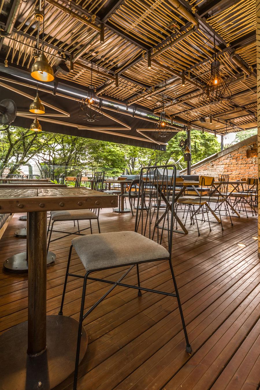 thiết kế quán cafe rocoto ảnh 12
