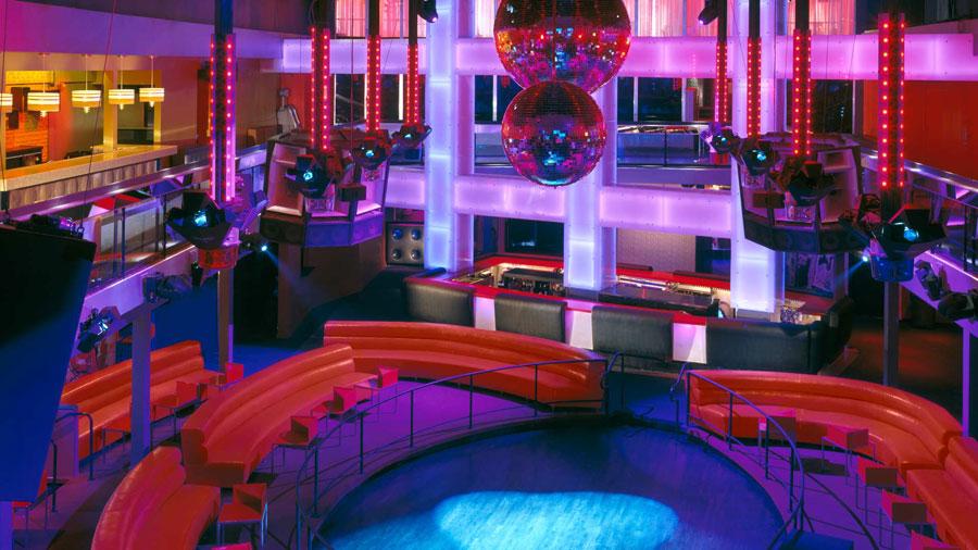 thiết kế nội thất quán pub beer club ảnh 18