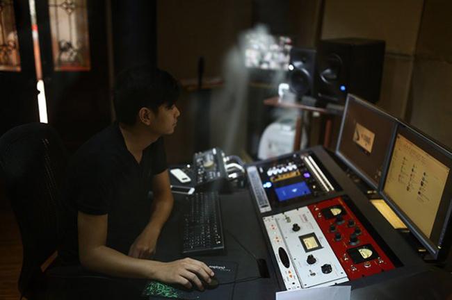 Các thiết bị âm thanh cần thiết trong phòng thu âm chuyên nghiệp
