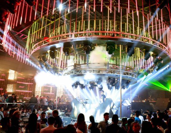 thiết kế hệ thống âm thanh ánh sáng quán bar vũ trường ảnh 4