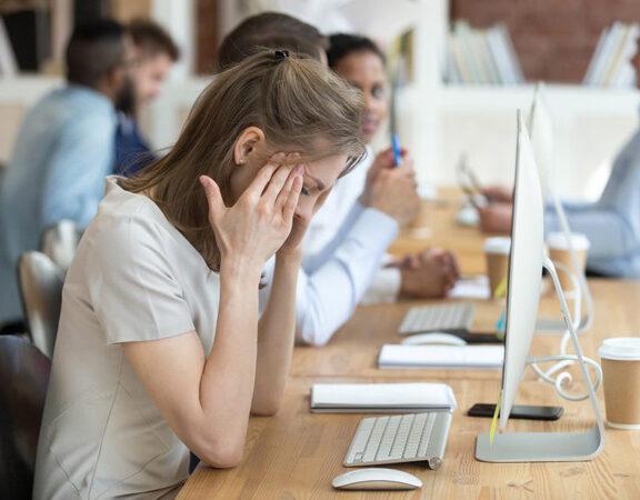 Cách tiêu âm tiếng ồn trong văn phòng làm việc hiệu quả